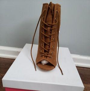 Tan chunky heel